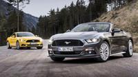 Petrolheadská auta jsou na vymření a dalším na ráně je osmiválcový Mustang. Zachrání se? - anotační foto