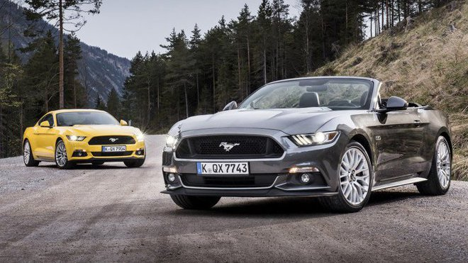 Petrolheadská auta jsou na vymření a dalším na ráně je osmiválcový Mustang. Zachrání se? - anotačné foto