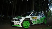 Aktuálně: Rallye Šumava Klatovy: Vítězem Jan Kopecký s Pavlem Dreslerem - anotačno foto