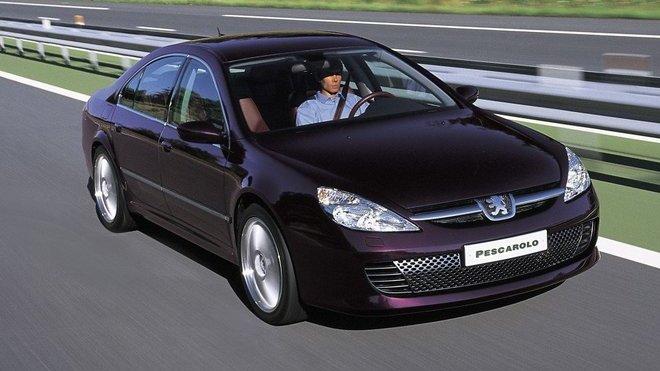 Pod kapotou se ukrýval šestiválec se dvěma turby, Peugeot 607 Pescarolo