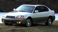 Až na tvar karosérie je sedan stejný jako kombi, Subaru Outback Sedan.
