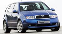Koncept sportovního kombíku se poprvé ukázal na pařížském autosalonu 2002, Škoda Fabia Paris.
