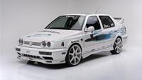 Jedna z automobilových hvězd prvního dílu Rychle a zběsile, Volkswagen Jetta by Jesse