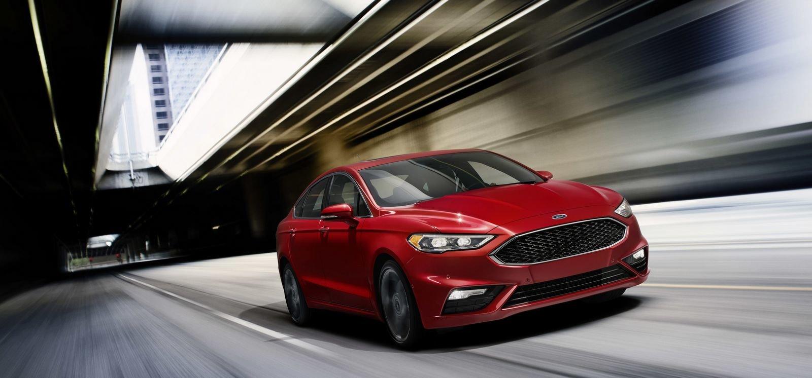 Ford Fusion V6 Sport.