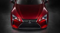 Čtyřmístné kupé Lexus LC 500 se chlubí pohonem zadních kol a atmosférickým osmiválcem.