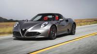 Alfa Romeo 4C a 4C Spider (2016)