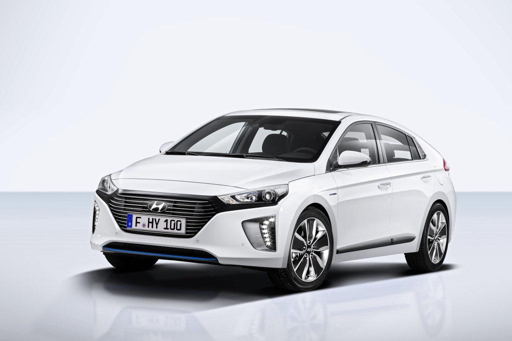 Příští Hyundai i30 dostane techniku modelu Ioniq, u něj je ve ...