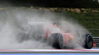 Sebastian Vettel při testech pneumatik do deště na trati Paul Ricard