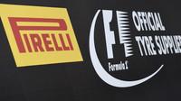 Logo Pirelli při testech na trati Paul Ricard