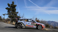 Posádka Neuville/Gilsoul na trati Rally Monte Carlo