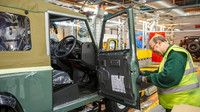 Land Rover vyrobil 29. ledna 2016 poslední Defender.
