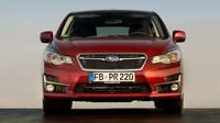 Subaru Impreza prodělalo lehkou modernizaci, nabídne karosérií hatchback i sedan.