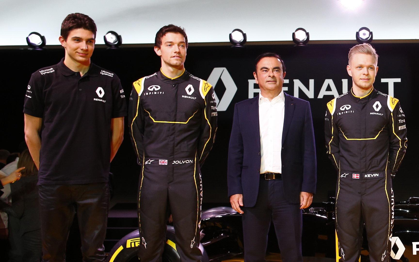 Výkonný ředitel Renaultu se do výběru pilotů míchat nehodlá - anotační foto