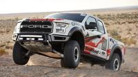 Závodní divize Fordu míří s F-150 Raptor do pouště - anotační obrázek