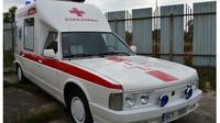 Tatra 613 našla uplatnění i jako sanitní vůz. Raritní model 613 SV byl kdysi na prodej za necelých 460 tisíc korun.