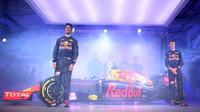 Týmoví kolegové Daniel Ricciardo a Daniil Kvjat