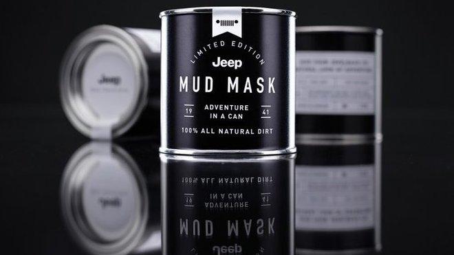 Jeep a jeho bahenní maska