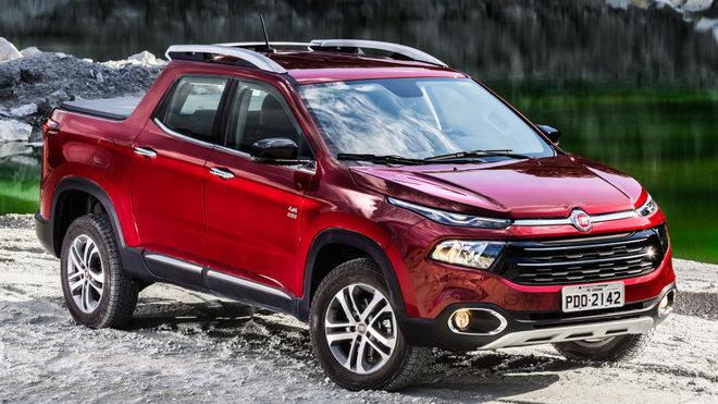 Fiat uvádí na brazilský trh nový pickup Toro, dostupný bude se dvěma motory.