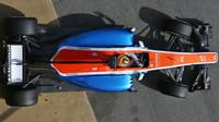 Rio Harjanto s novým vozem Manor MRT05