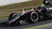 Nico Hülkenberg s novým vozem Force India VJM09 - Mercedes
