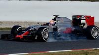 Romain Grosjean s novým vozem Haas VF-16