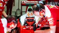 Kimi se chystá na první jízdu s Ferrari SF16-H
