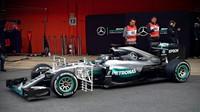 Nico Rosberg zahajuje třetí den v Barceloně měřením aerodynamiky