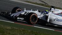 Felipe Massa při čtvrtečních testech v Barceloně