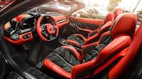 Interiér Ferrari 458 Italia Spider v provedení Carlex Design