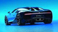 Bugatti Chiron nahrazuje letitý Veyron, váží necelé dvě tuny a má 1500 koní.