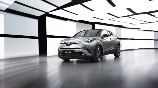 Toyota C-HR představuje první přímý vstup japonského výrobce mezi crossovery.