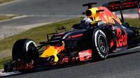Daniel Ricciardo při posledních předsezónních testech v Barceloně