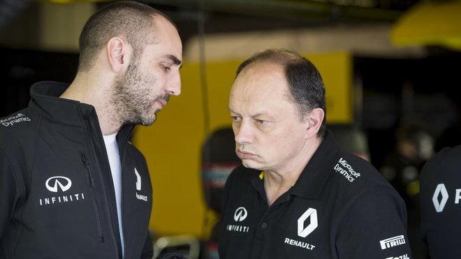 Cyril Abiteboul a Frédéric Vasseur zatím moc důvodů k úsměvu nemají