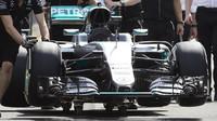 Příprava vozu Mercedes v Melbourne