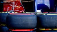 Pneumatiky Pirelli v Melbourne
