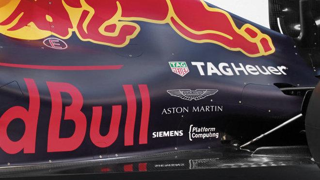 Red Bull RB12 po představení partnerství s Aston Martin