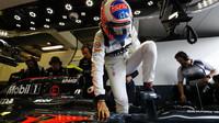 Jenson Button usedá do svého McLarenu MP4-31