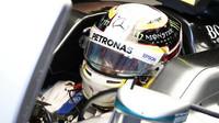 Lewis Hamilton v Melbourne