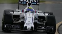 Felipe Massa při pátečním tréninku v Melbourne