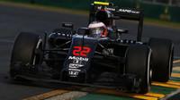 Jenson Button při závodě v Melbourne