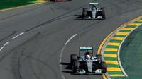 Lewis Hamilton, Nico Rosberg a Sebastian Vettel v Melbourne