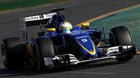 Marcus Ericsson při závodě v Melbourne