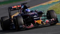 Max Verstappen při závodě v Melbourne
