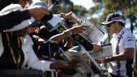 Felipe Massa při autogramiádě v Melbourne