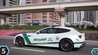 Policejní Ferrari FF potkáte, kde jinde než, ve Spojených arabských emirátech. Tamní policii vůz vyšel na 300 000$ (7 200 000 Kč).