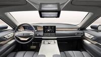 Lincoln Navigator s dveřmi Gullwing