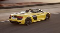 Audi R8 s vidlicovým desetiválcem odhodilo střechu a dostalo krásný žlutý lak.