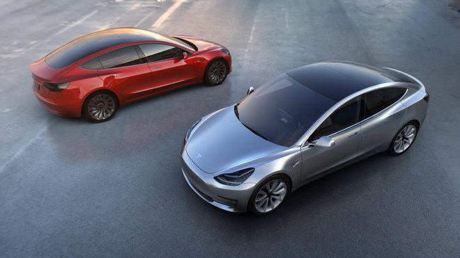 Tesla Model 3 má šokující interiér. Na běžné prvky rovnou zapomeňte - anotačné foto