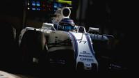Valtteri Bottas při kvalifikaci v Bahrajnu