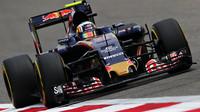 Carlos Sainz při pátečním tréninku v Číně